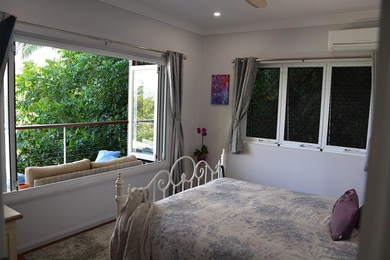 Bedroom with a view (2)